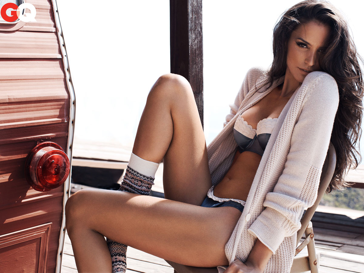 Genesis Rodriguez Nude for genesis rodriguez for gq; you want to click this [photos