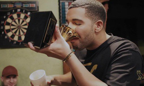 drake-grammy-drink